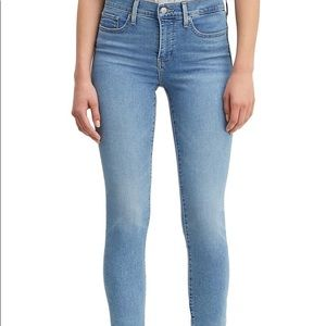 Levi's Skinny Shaping Jean
